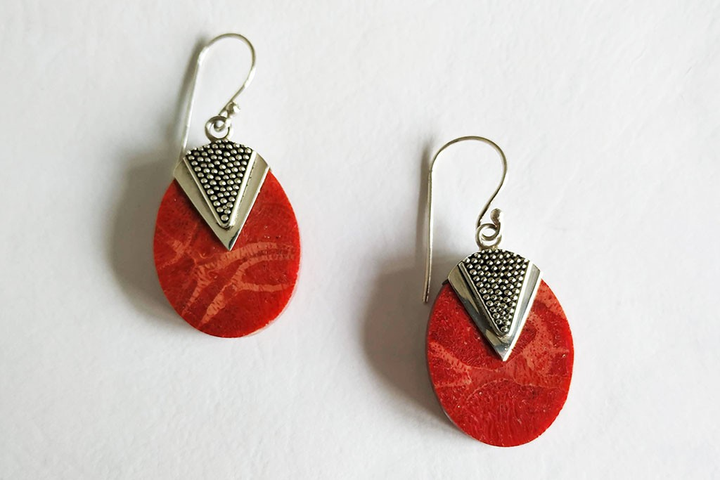 Earrings Red Coral Seashell - OVAL